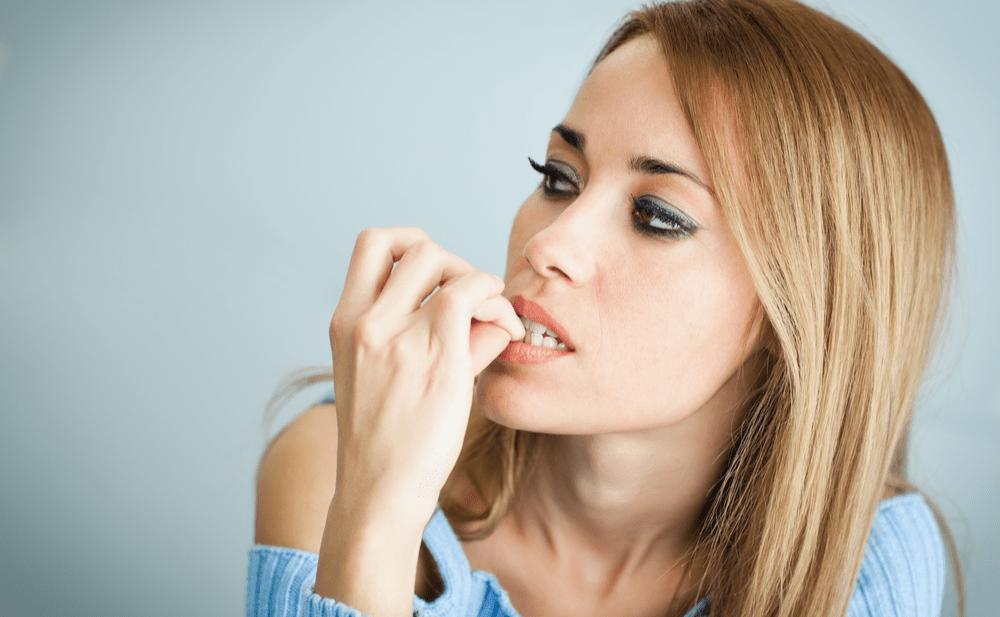 morderse uñas afecta dientes